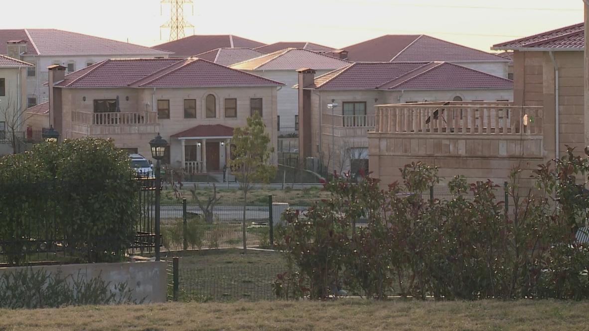 Iraq: Private American Village in downtown Erbil