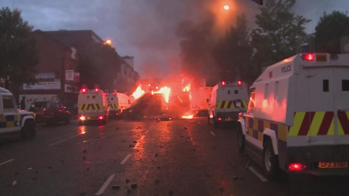 UK: Belfast burns as tensions boil over