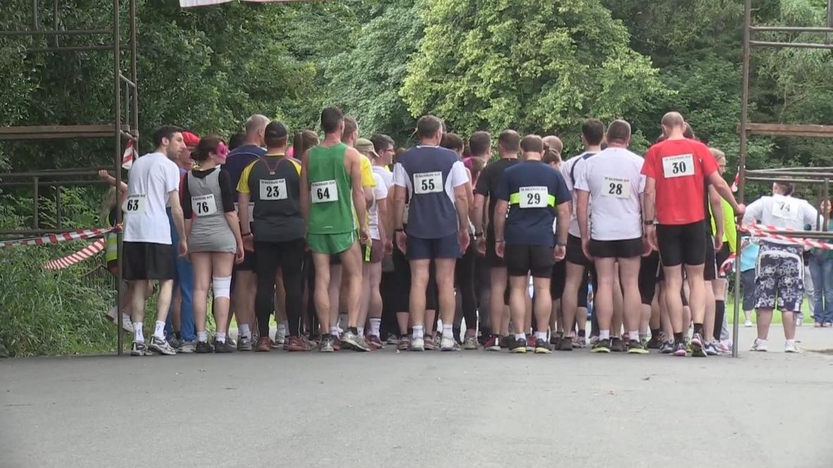 UK: Backwards is the new forwards at Manchester run