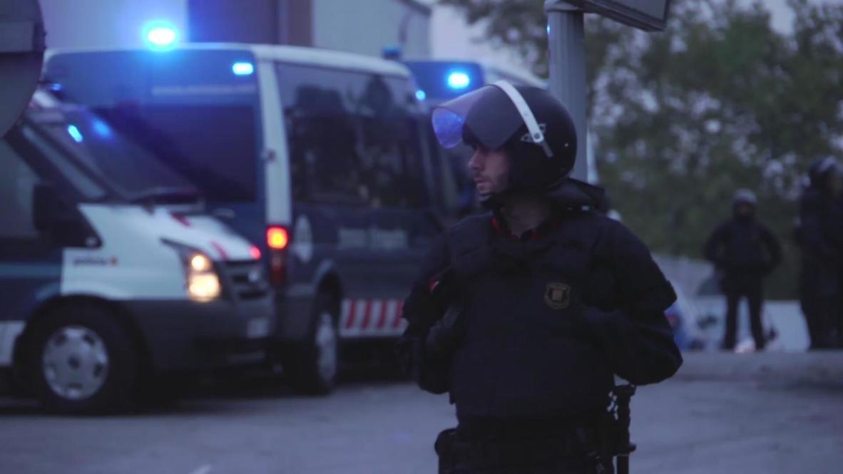 Spain: Police raid Panrico doughnut factory