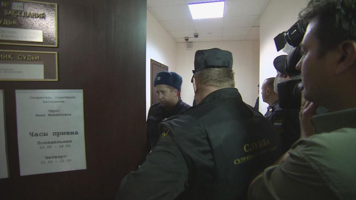 Russia: British Arctic 30 activist Iain Rogers granted bail