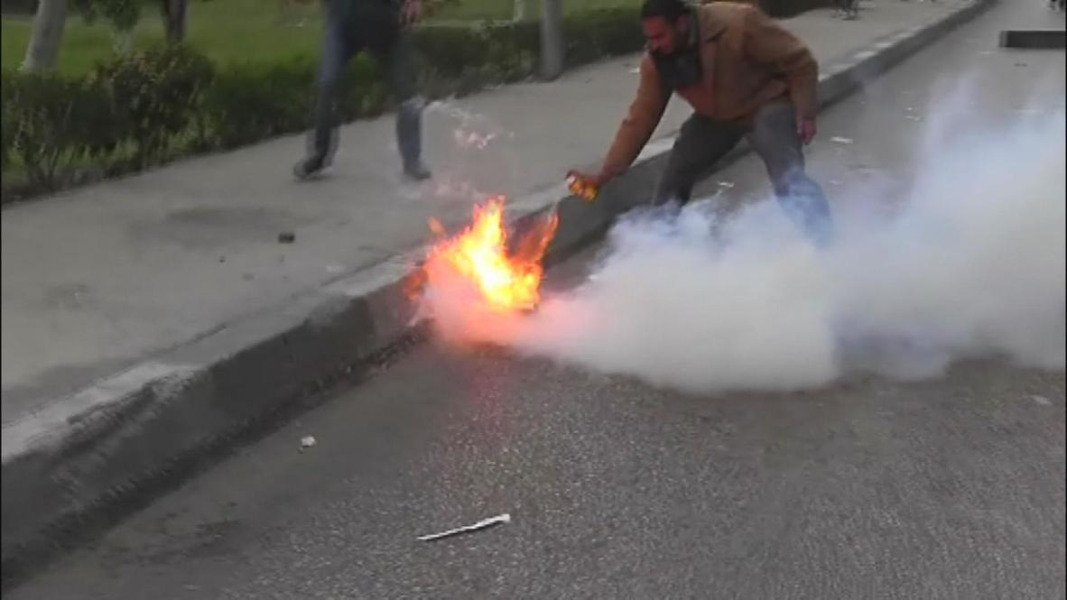 Egypt: Clashes hit '100 days' pro-Morsi protest