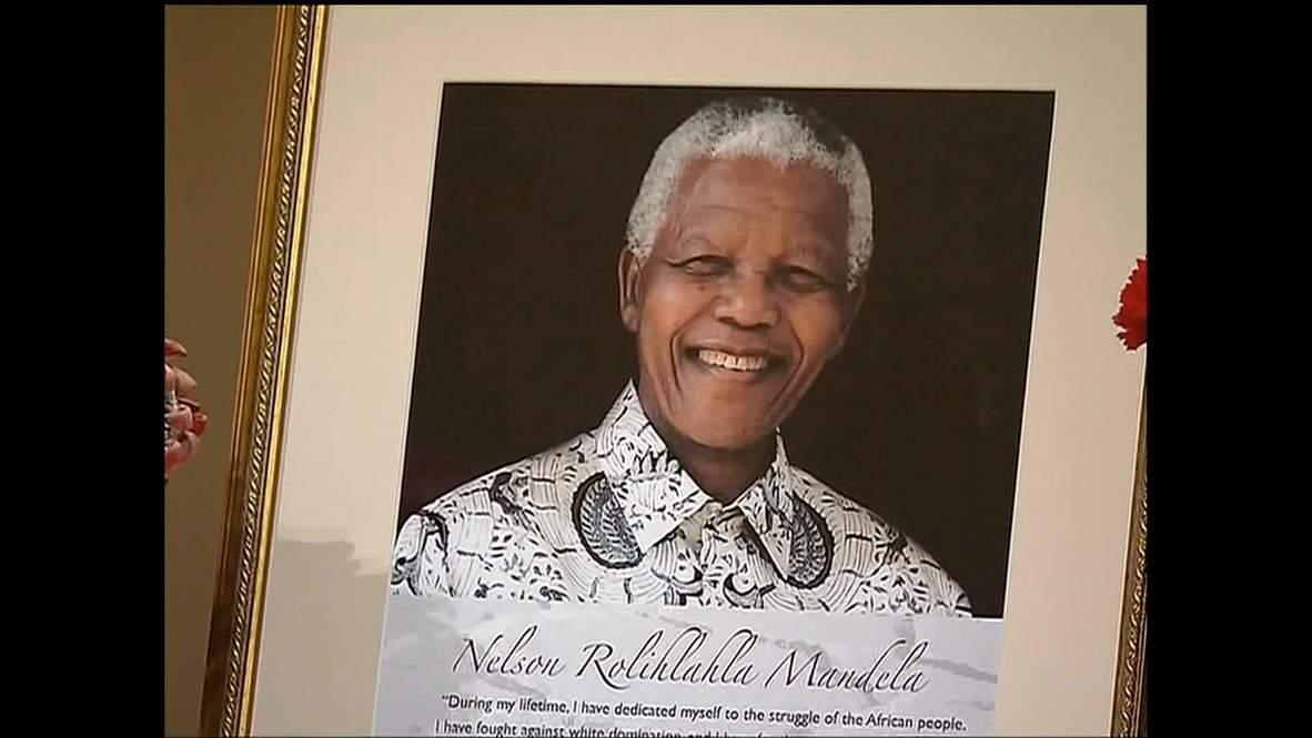 Russia: Putin hails Mandela at South African embassy