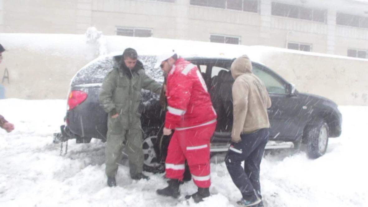 Palestine: Snow storm hits Palestine
