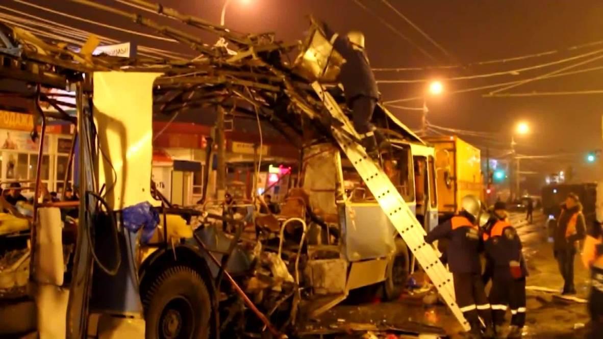 Russia: EMERCOM dismantle wreckage of bombed Volgograd bus