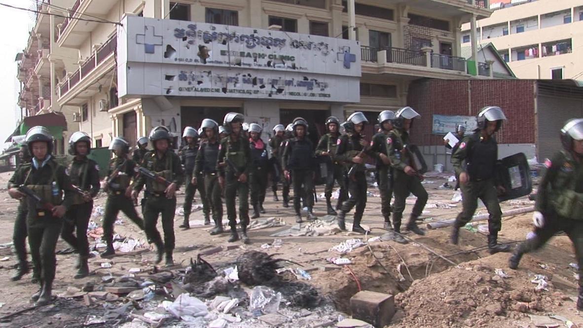 Cambodia: Military puts guns on the streets of Phnom Penh