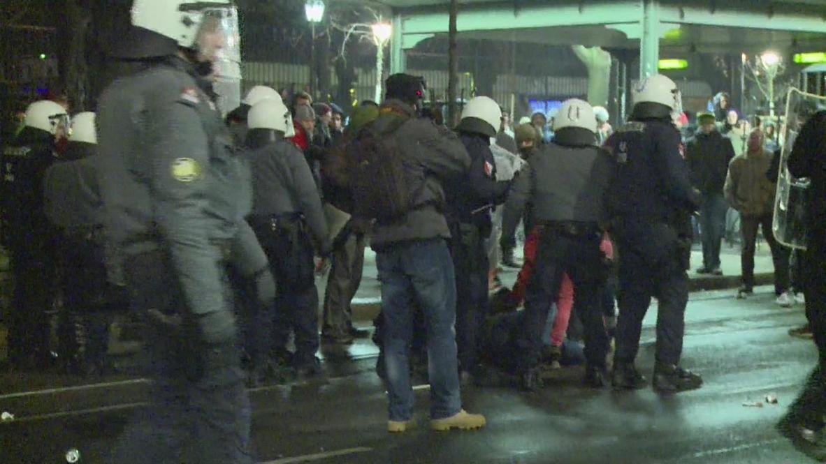 Austria: Scuffles ensue at Viennese far-right ball protests