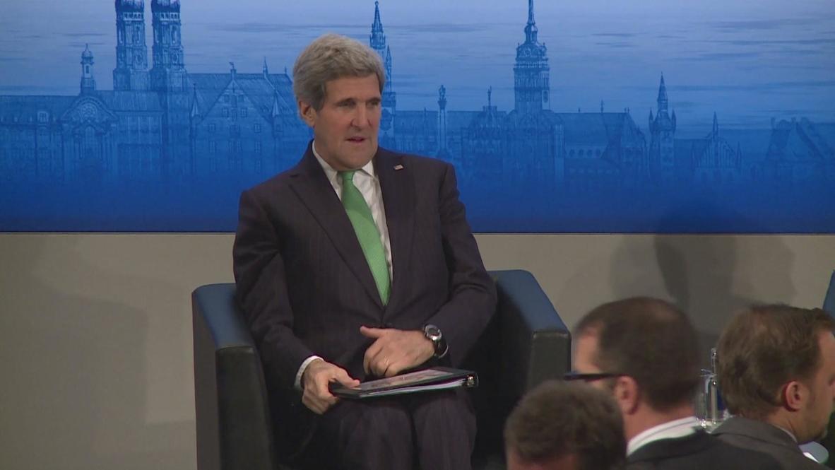Germany: John Kerry takes the floor in Munich