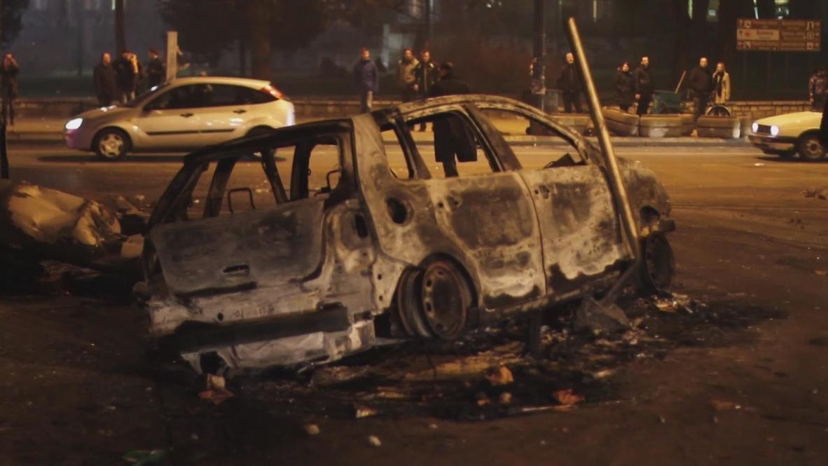 Bosnia and Herzegovina: Sarajevo simmers after day of violent unrest