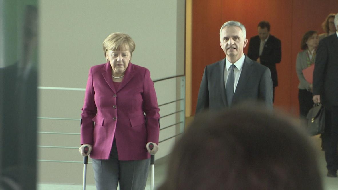 Germany: Switzerland and Germany committed to democracy in Ukraine - Merkel