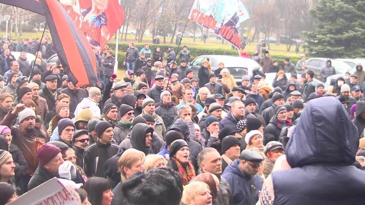 Ukraine: Pro-Russian Odessans protest against acting Kiev govt