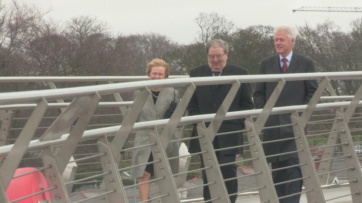 UK: Clinton tells Northern Ireland to 'finish the job'