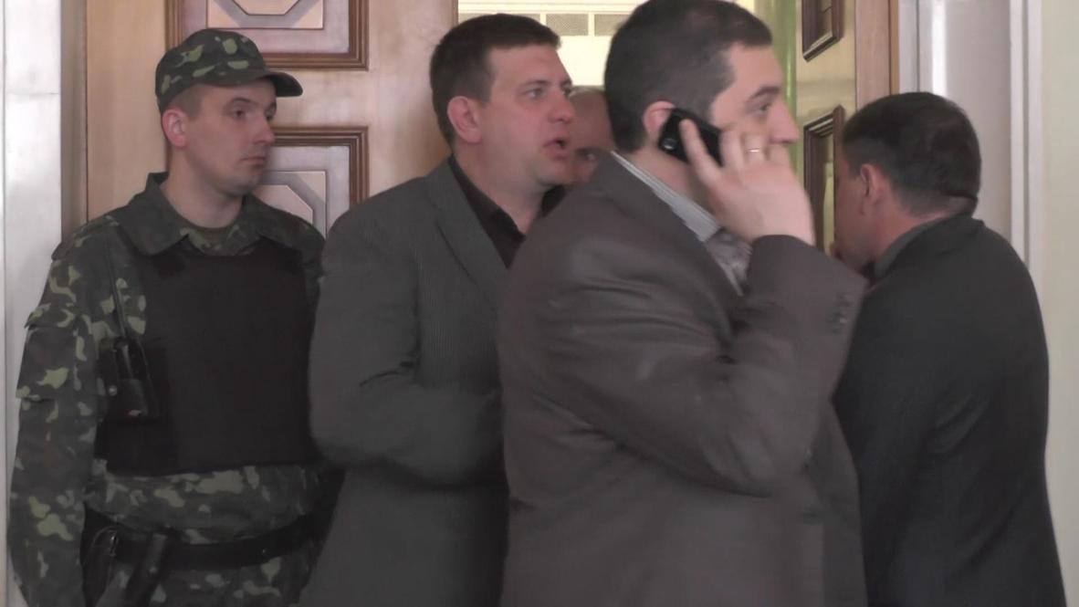 Ukraine: Svoboda leader says nationalism fuelling army recruitment