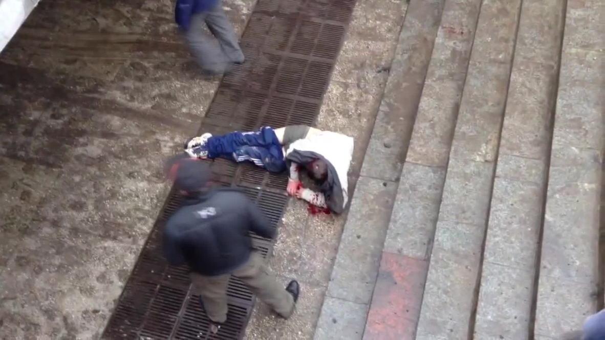 Ukraine: Bloodied anti-Federalisation activists get beaten in Kharkov
