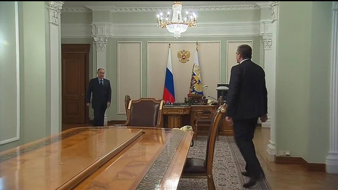 Russia: Putin appoints Aksyonov acting governor of Crimea