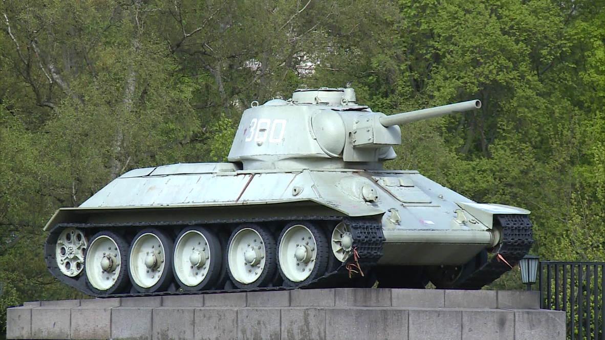 Germany: Not everyone wants Russian tanks out of Berlin, Bild