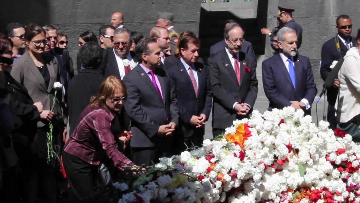 Armenia: US congressman Ed Royce joins ceremony to victims of mass killing