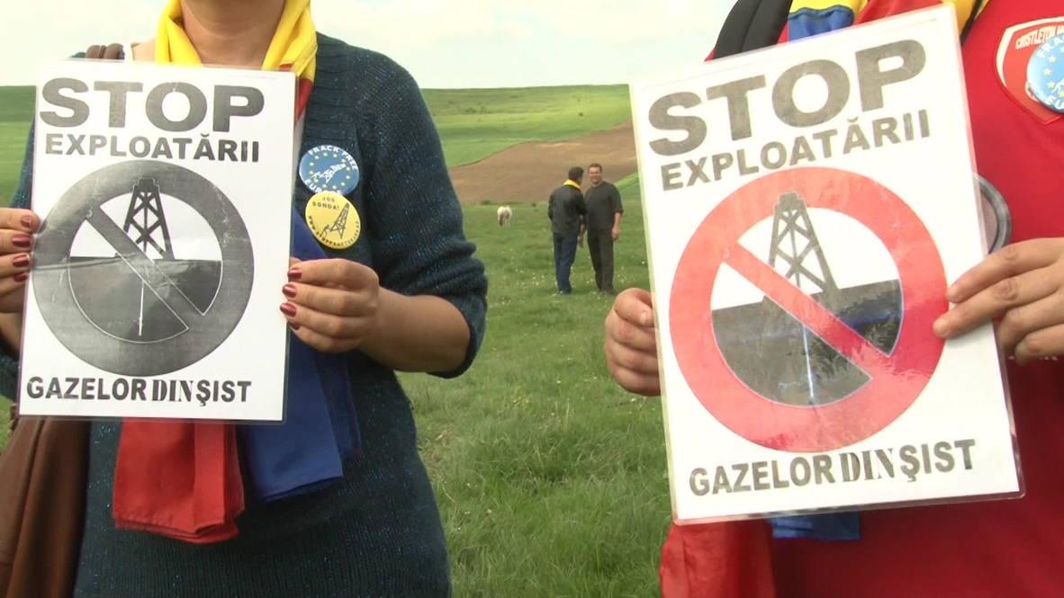 Romania: Anti-fracking dancers plan to drive out Chevron