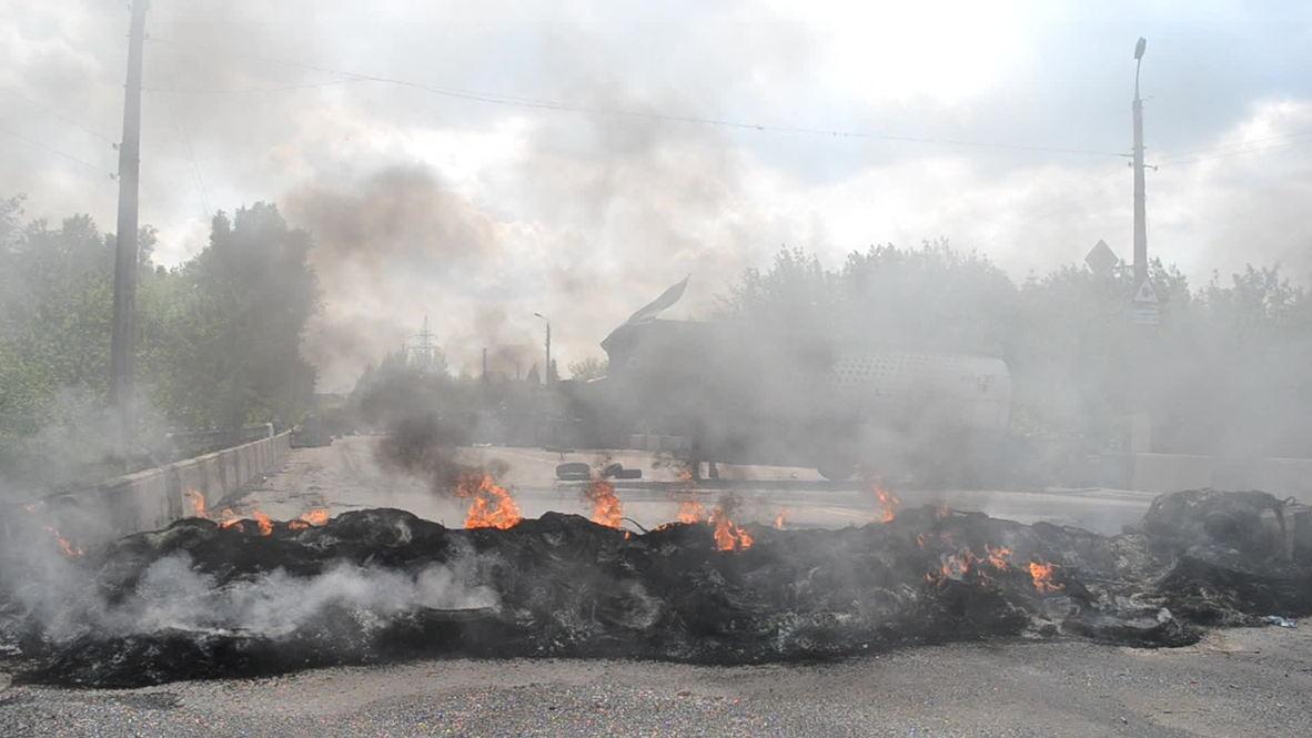 Ukraine: Kramatorsk encircled by militia and Ukrainian military checkpoints