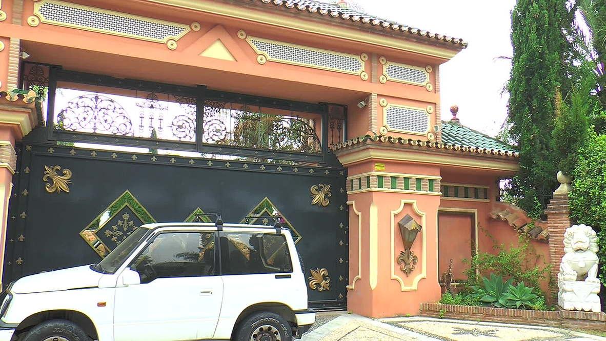 Spain: British millionaire denies locking up nine women in mansion