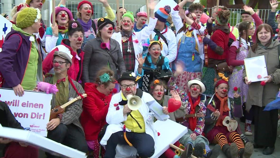 Germany: Protesting clowns demand Angela Merkel take them seriously
