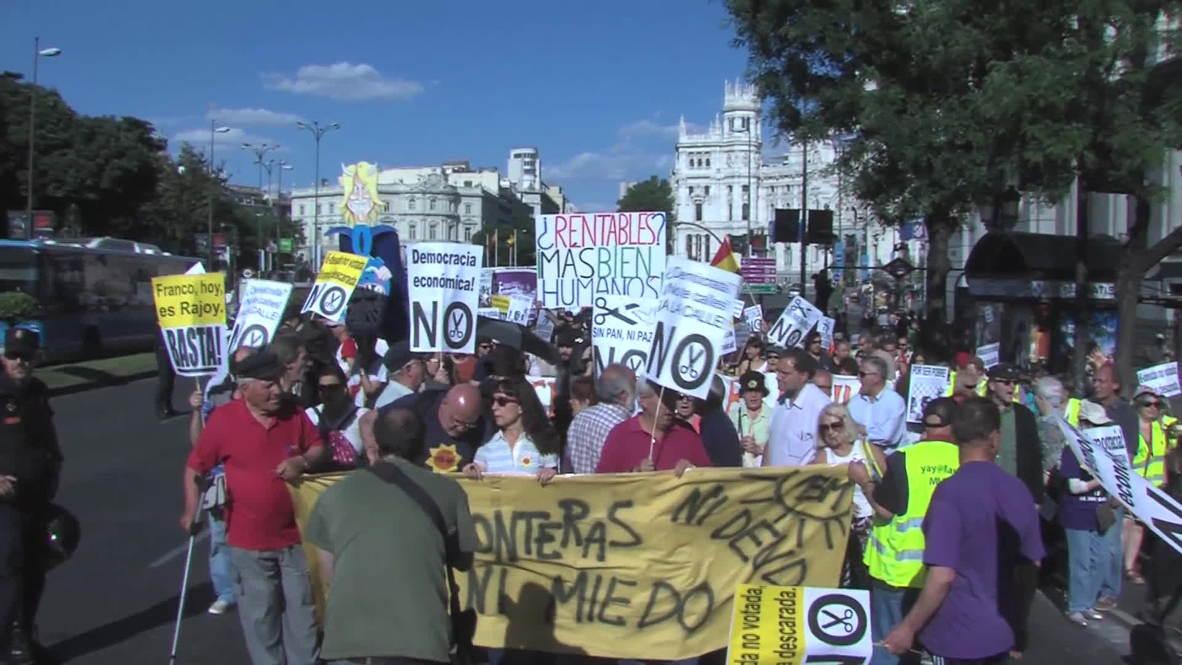 Spain: Madrid's 'Los Indignados' protest troika austerity measures
