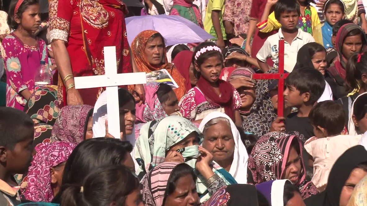 Pakistan: Thousands of Christians protest slum eviction notice