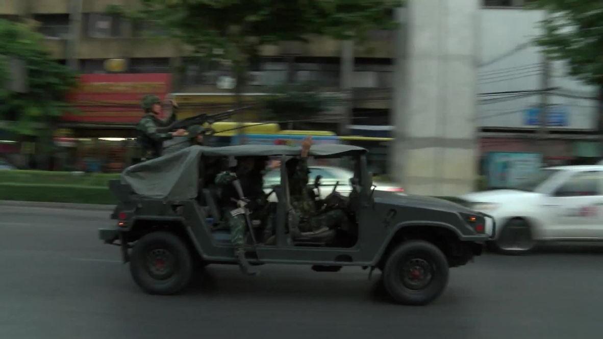 Thailand: Military flexes its muscles in tense Bangkok