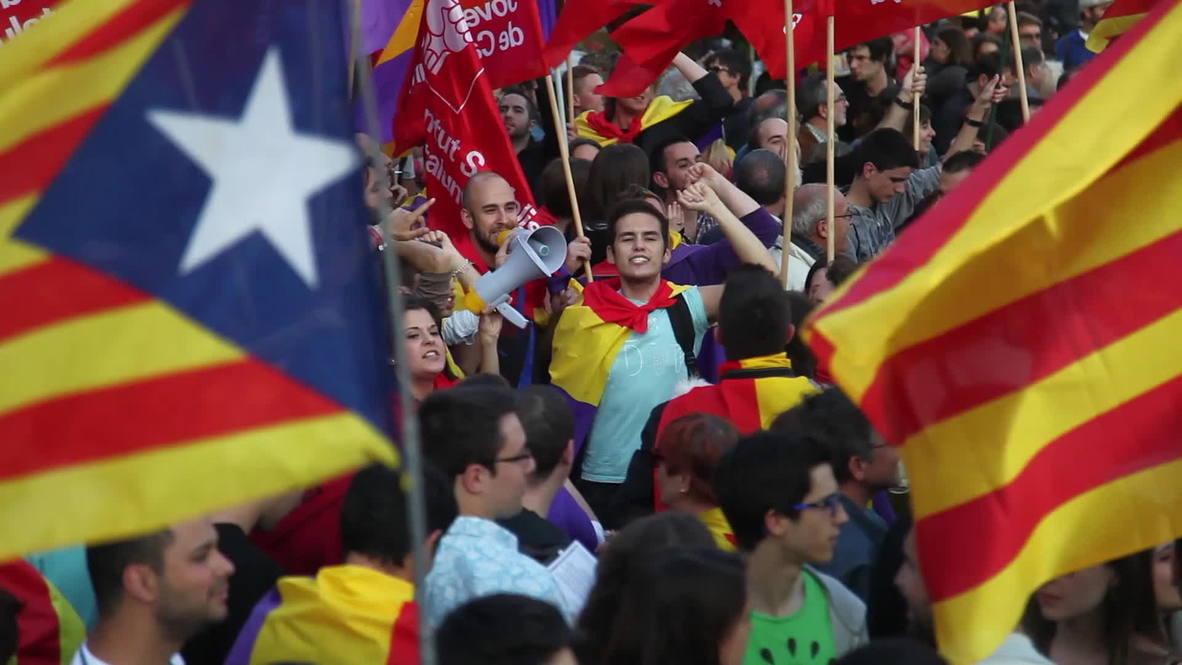 Spain: Barcelona celebrates abdication of King Juan Carlos I