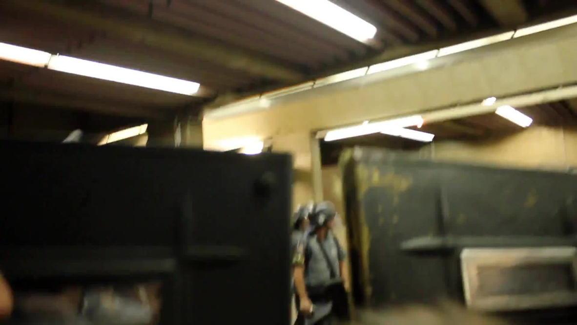 Brazil: Sao Paulo subway strikers clash with police