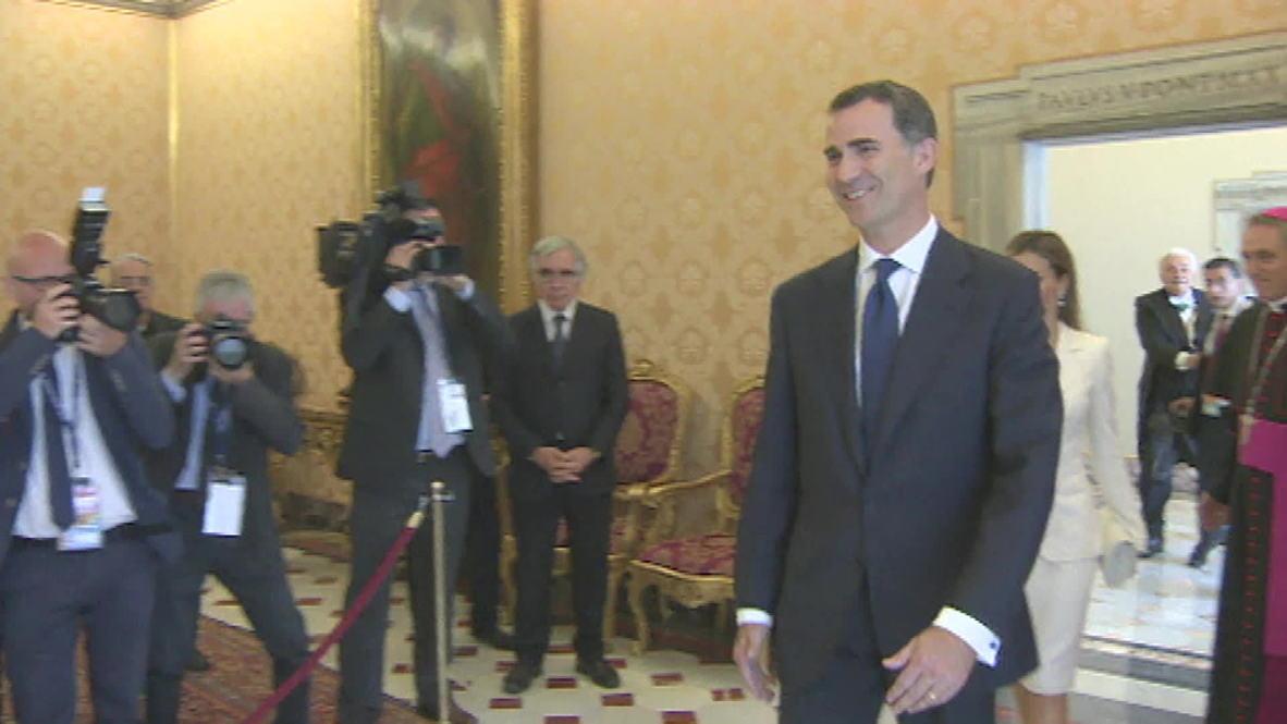 Vatican: Spain's new king Felipe meets the Pope
