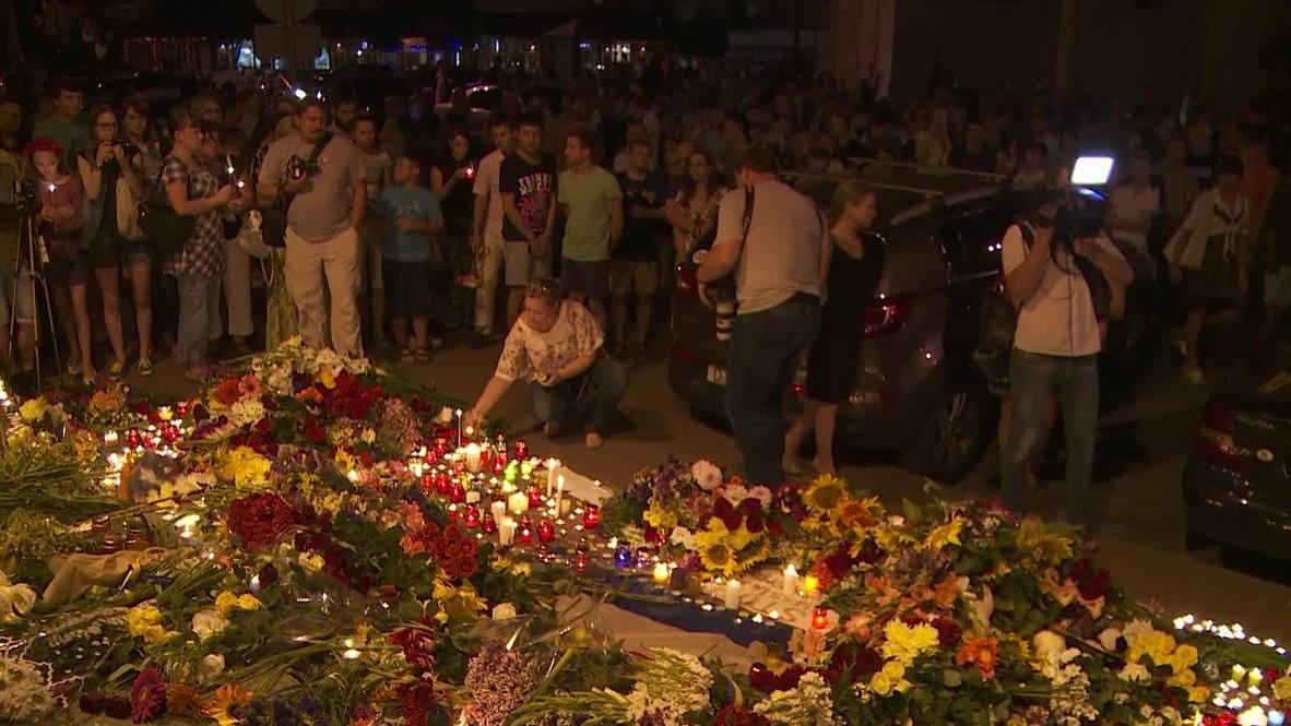 Ukraine: Flowers for victims of MH17 crash flood Dutch embassy in Kiev