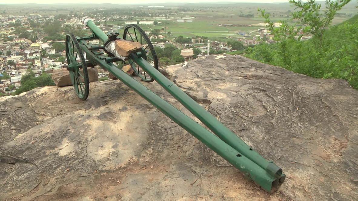 India: Cannon blast marks the breaking of Iftar in Raisen