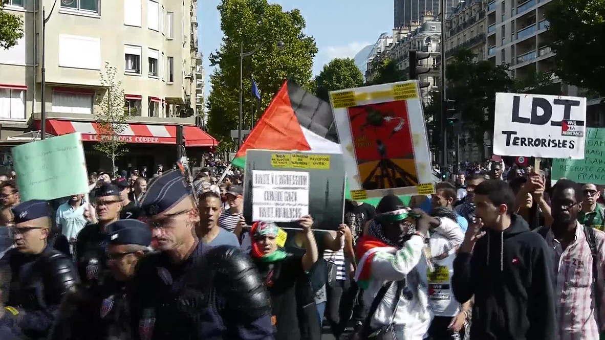 France: Mass pro-Palestine demo troops through Paris