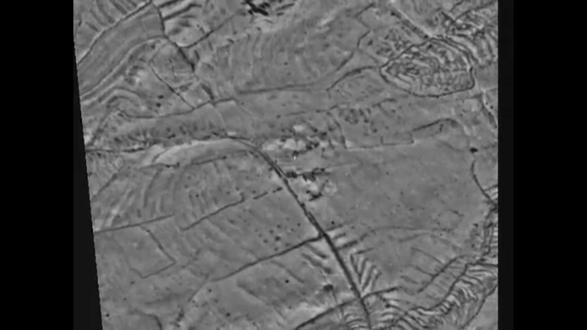 Iraq: RAF Hercules drops aid to trapped Yazidis POOL