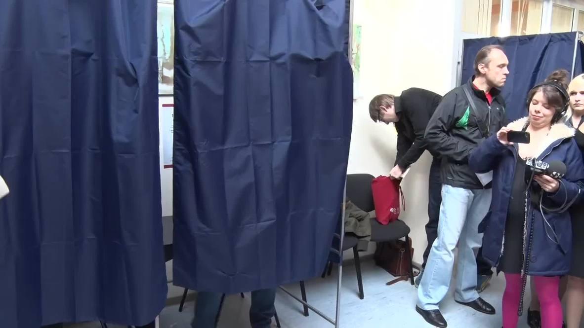 Latvia: Parliamentary elections get under way in Riga