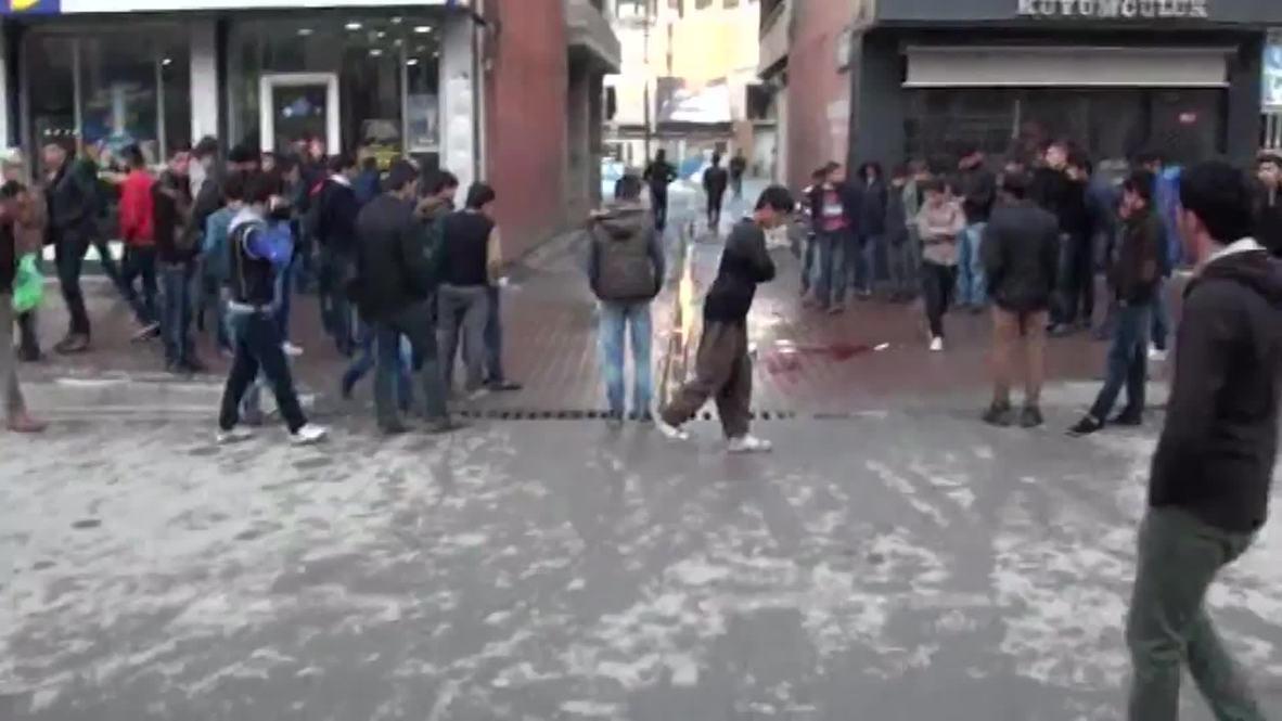 Turkey: Turkish soldiers shot dead in Hakkari [GRAPHIC]