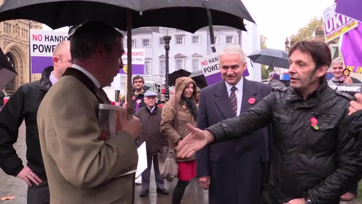 UK: Farage leads protest against European Arrest Warrant in Westminster