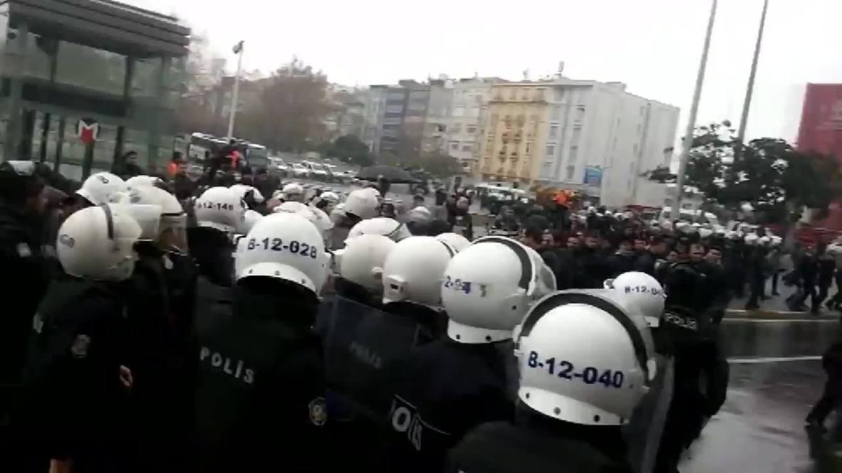 Turkey: Denied Gezi Park, Taksim demo tastes TEARGAS