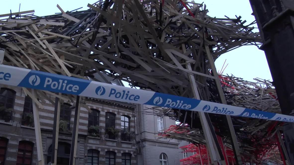 Belgium: 400,000 euro sculpture collapses in Xmas market