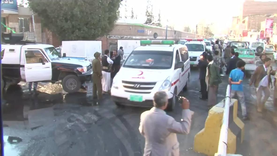 Yemen: Minibus bomb blast kills 30 in Sanaa *GRAPHIC*