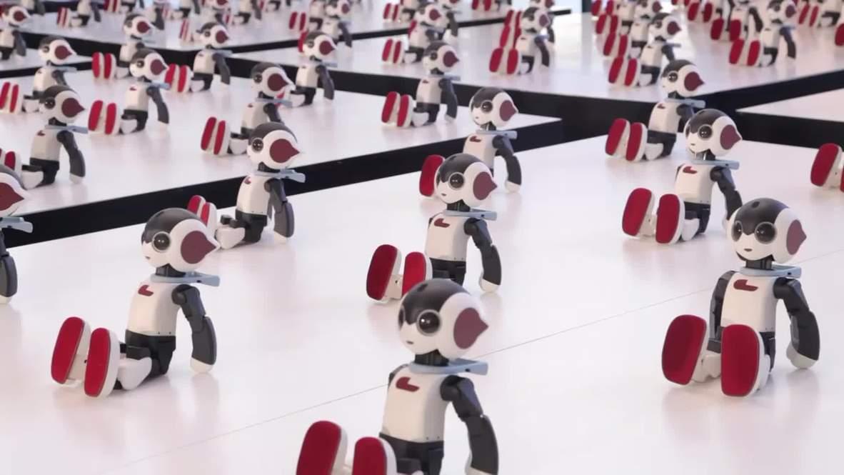 Japan: Watch 100 mini breakdancing robots perform flawless routine