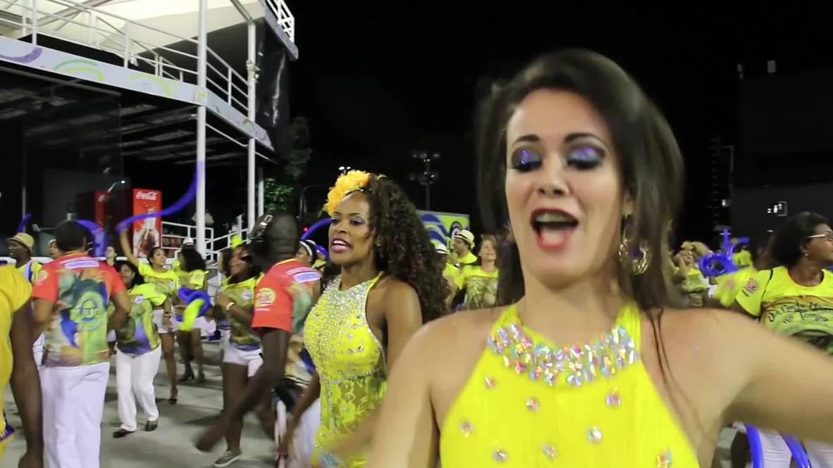 Brazil: Watch these sexy samba dancers shake their stuff pre-Carnival