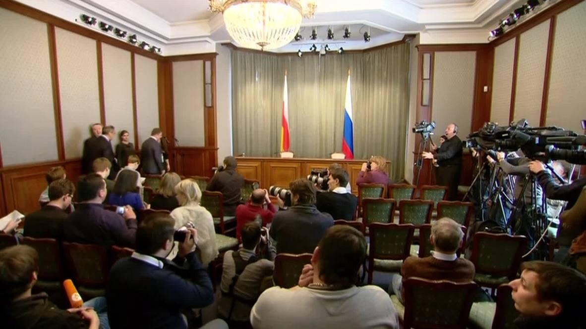 Russia: 'Debaltsevo clashes the exception to successful Minsk agreement' - Lavrov
