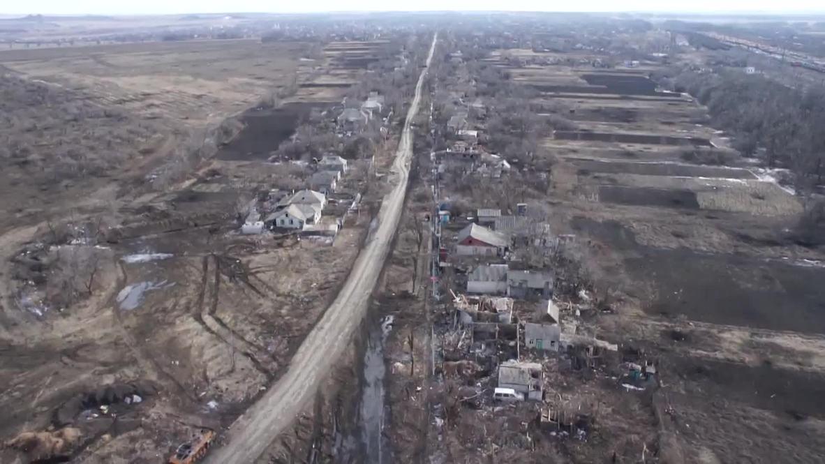 Ukraine: Chernukhino lies in ruins after the fierce battle for Debaltsevo *GRAPHIC*