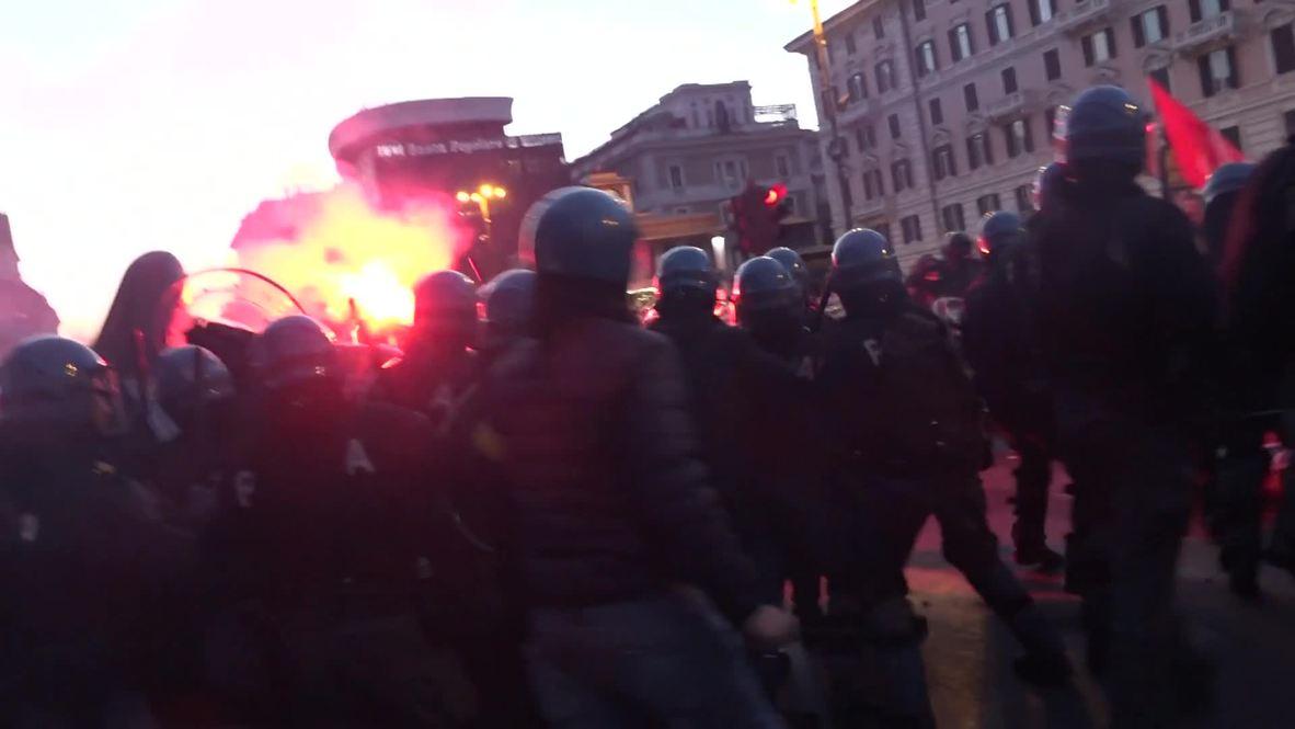 Italy: Intense clashes break over Lega Nord's Salvini in Rome