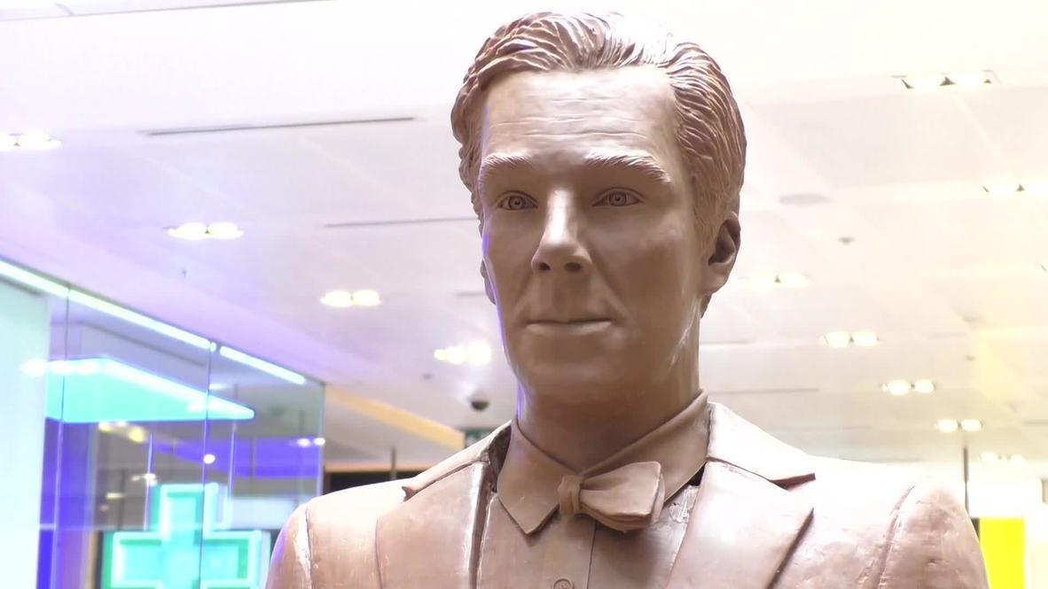 UK: Meet Chocobatch - Benedict Cumberbatch's chocolate twin