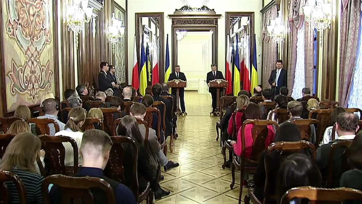 "Ukraine: ""We don't want to freeze the conflict, but de-escalate it""- Poroshenko"