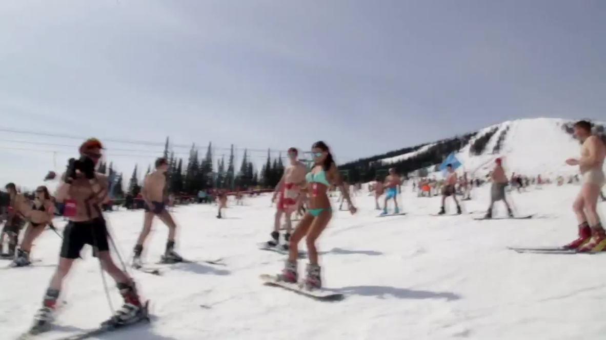 Russia: Bikini-clad Siberians set skiing world record