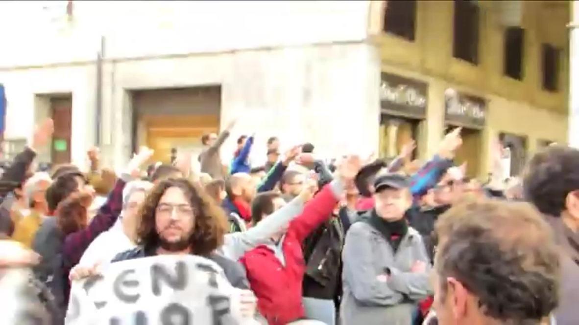 Italy: Counter-protest greets Lega Nord's Salvini in Livorno